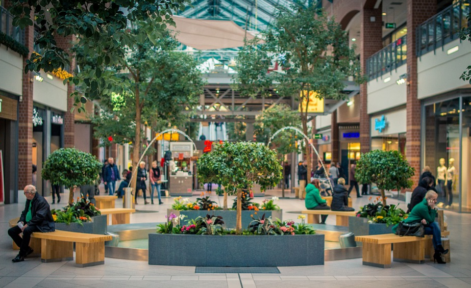 outdoor shopping mall with water fountain