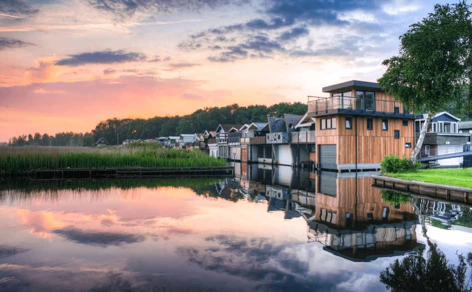 A row of beautiful houses by the lake