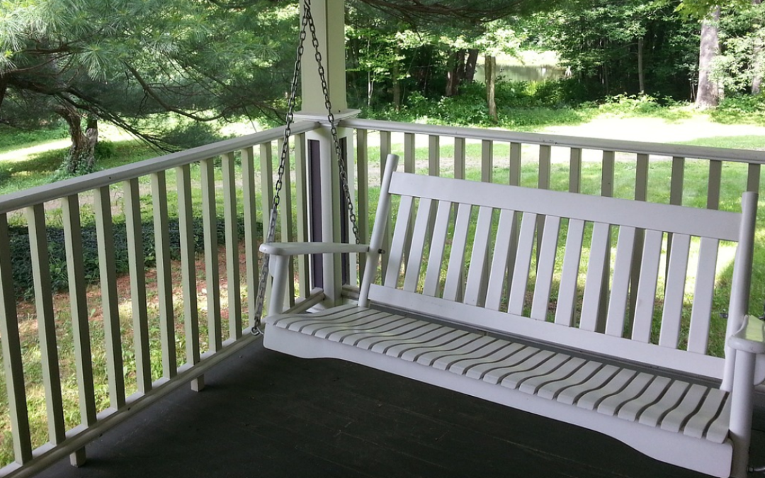 12 Modern Upgrades For Your Mobile Home Porch & Outdoor Living Area