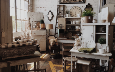 How To Incorporate Antiques Into Your Mobile Home Interior Design