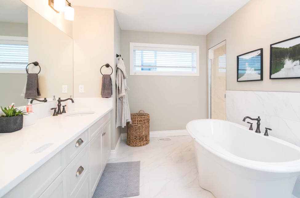 7 Bathroom Features That Will Add Value To Your Mobile Home