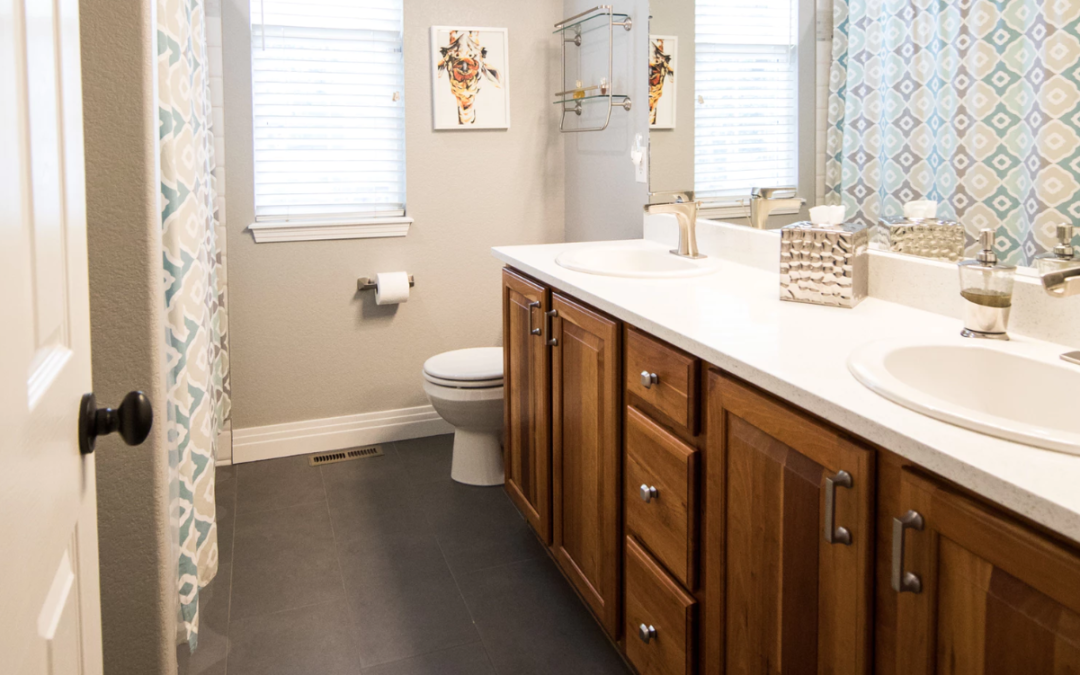 Tidy Bathroom Storage Ideas To Help Organize Your Mobile Home Life