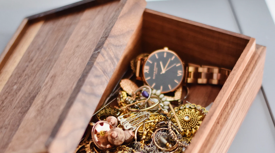 Organize Your Jewelry With These Clever Storage Tips