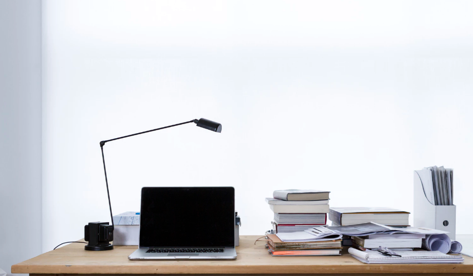 Tackling The Office: How To Organize Your Desk & Important Paperwork