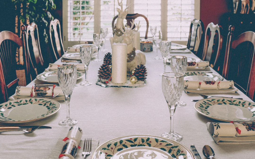 Transform Your Mobile Home Dining Room For The Holidays