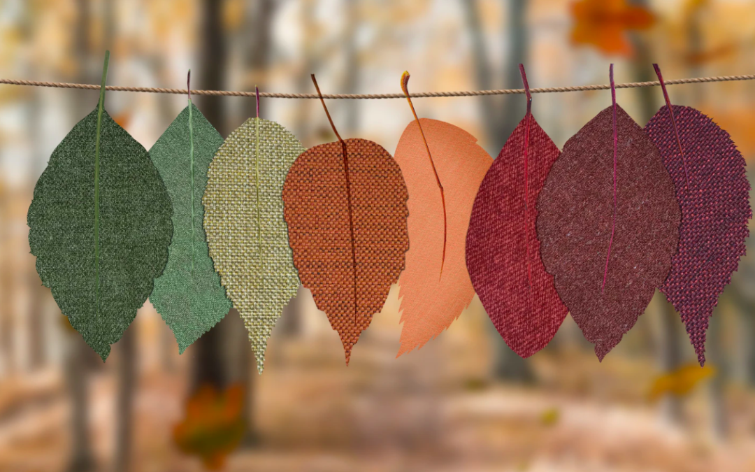 10 Arts & Crafts With Fall Leaves | Inside & Outside Your Mobile Home