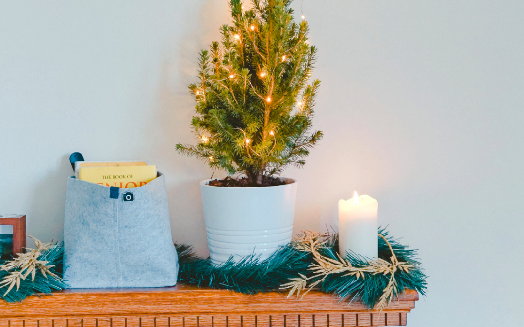 How To Decorate Small Spaces For The Holidays