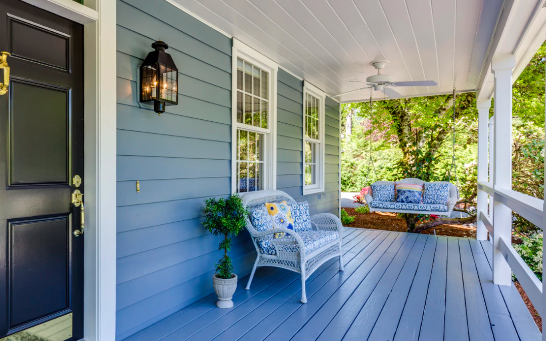 "5 Ways To Make An Older Mobile Home Look Less ""Boxy"""