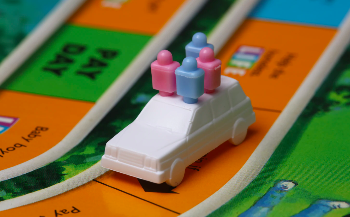 Board game with game pieces