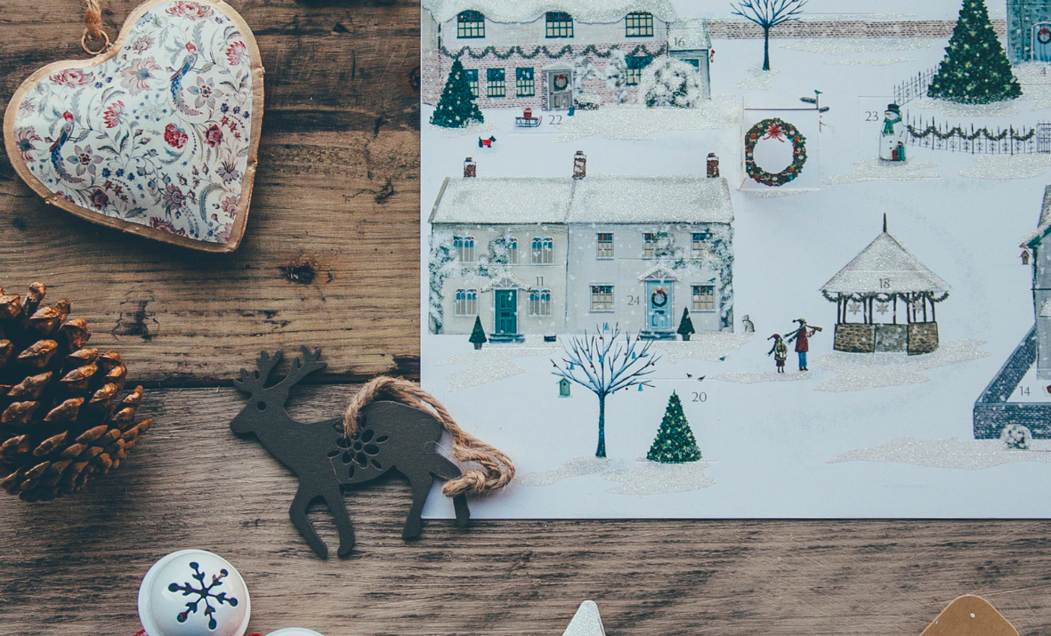 """Featured image for """"7 Fun Mobile Home Christmas Traditions You Can Try This Year"""""""