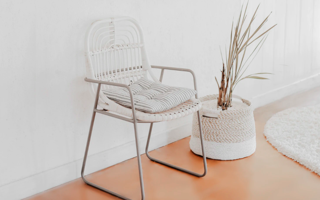 Monochromatic Palettes For Your Mobile Home: White Is Nice