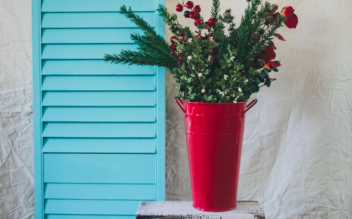 """Featured image for """"Monochromatic Palettes For Your Mobile Home: Roll Out The Red"""""""