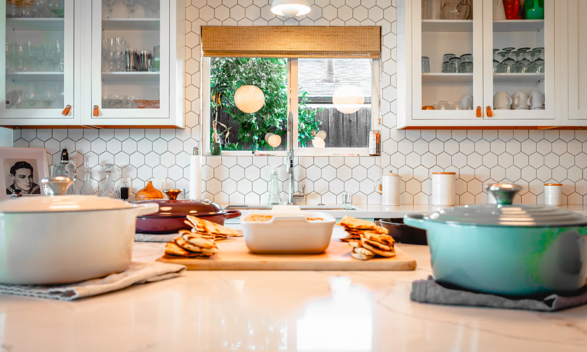 Clean kitchen with dishware