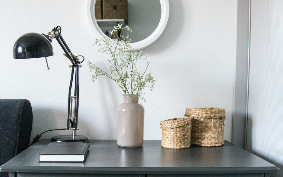 Love Minimalist Design? Implement These Basics In Your Mobile Home