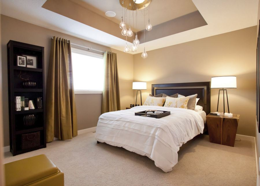 Recessed ceiling in a bedroom