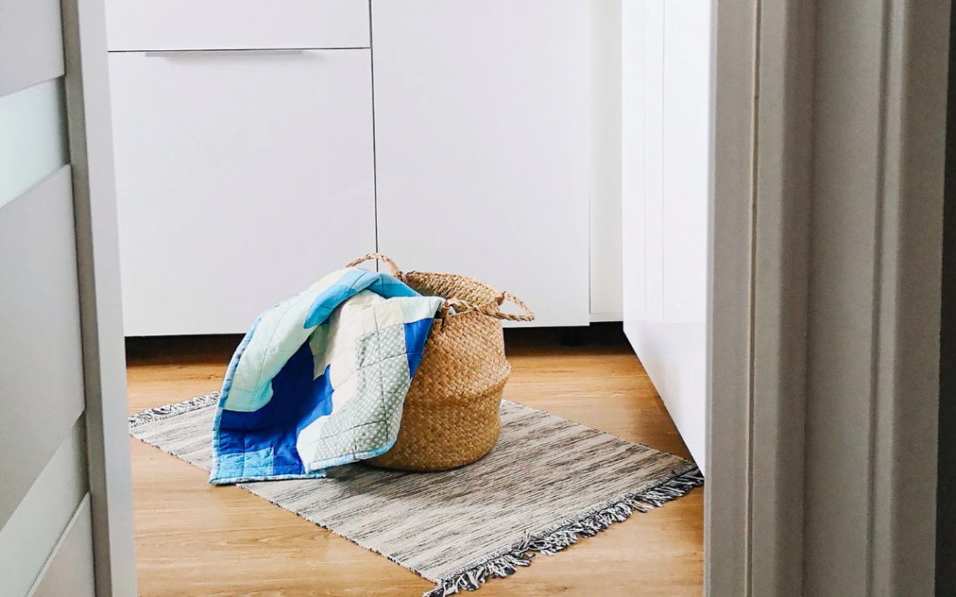 Revamp Your Mobile Home Mornings With This 15-Minute Cleaning Routine