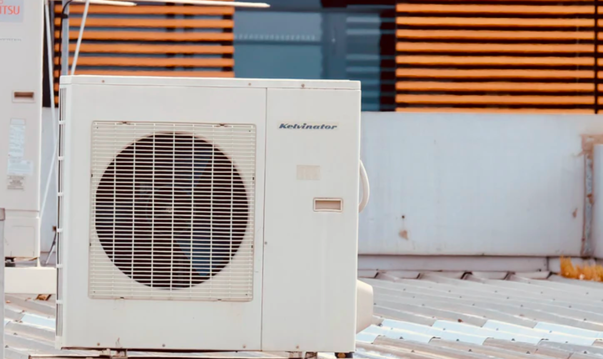 """Featured image for """"# Savvy Ways To Keep Your Mobile Home Cool & Your Electric Bill Low"""""""